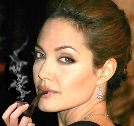 Angelina jolie pipe photos